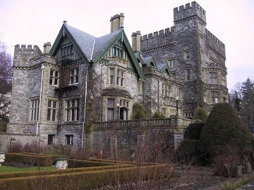 加拿大皇家大学